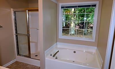 Bathroom, 606 Suwanee East Drive, 2