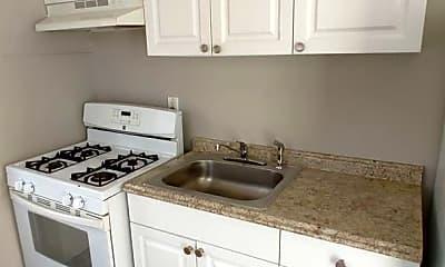 Kitchen, 809 W Warren St, 1