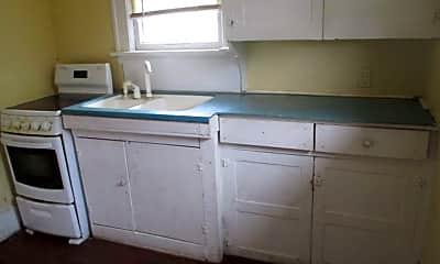Kitchen, 212 S Oleander Ave, 1
