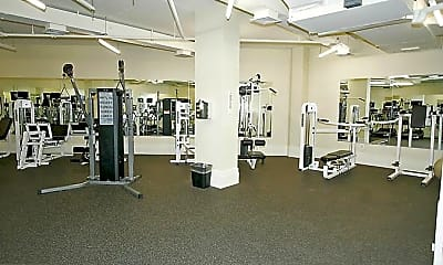 Fitness Weight Room, 2425 L St NW 410, 2