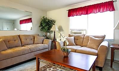 Living Room, Brookside Commons, 0