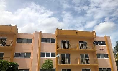 Regency Club Apartments, 0