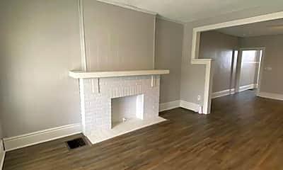 Bedroom, 204 E Blake Ave, 0