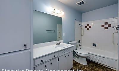 Bathroom, 2705 SE Courtney Ave, 2