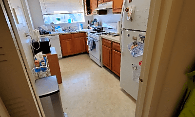 Kitchen, 10661 Montrose Ave, 0