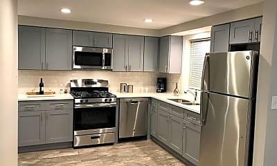 Kitchen, 3936 N Narragansett Ave 3S, 1