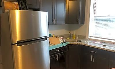 Kitchen, 2028 W Coulter St, 1
