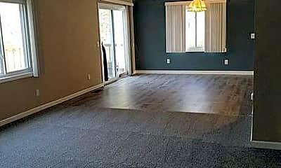Living Room, 128 Benedict Rd, 1