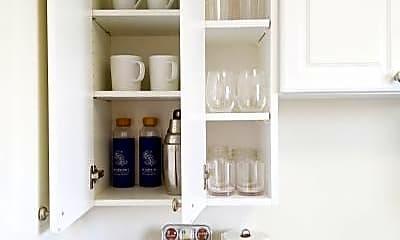 Kitchen, 21 Crestwood Dr, 1