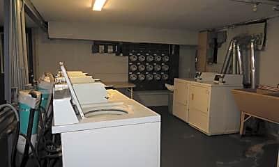 Kitchen, 1060 N Wheeling Rd, 1