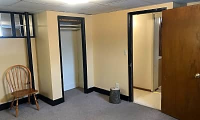 Bedroom, 944 W 24th St, 2