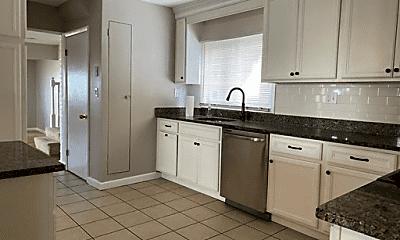 Kitchen, 639 Quincy Shore Dr, 1