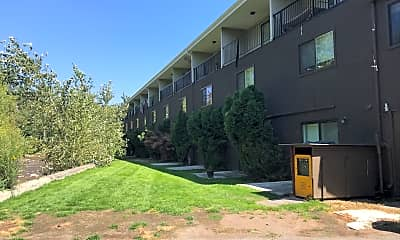 Rattlesnake Creek Apartments, 0