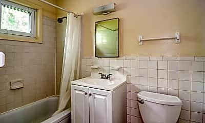 Bathroom, Northport, 2