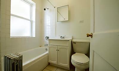 Bathroom, 5024 W Quincy Street, 2