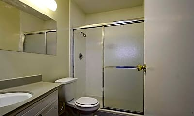 Bathroom, Diplomat Apartments, 2