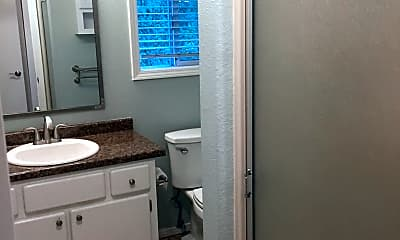 Bathroom, 2711 SW Carolina St, 2
