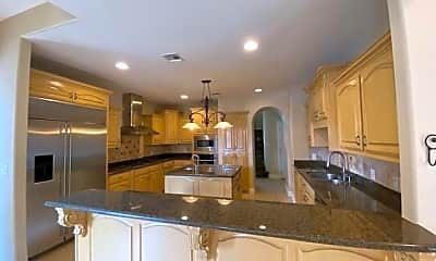 Kitchen, 5708 N 4th St, 1
