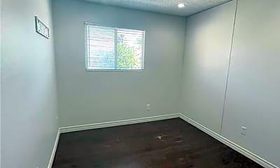 Bedroom, 700 E Nelson Ave C, 2