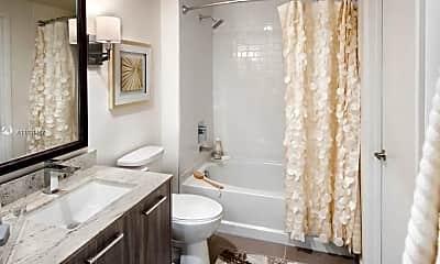 Bathroom, 3550 NW 83rd Ave 412, 2