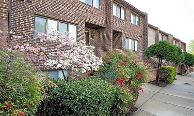 Building, 3735 Madison Ln, 1