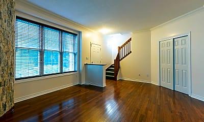 Living Room, 1500 Field St, 1