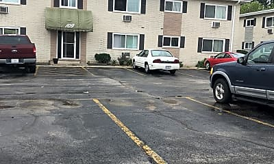 White Oak Apartments, 2