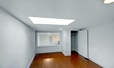 Bedroom, 886 Franklin Avenue, #2R, 2
