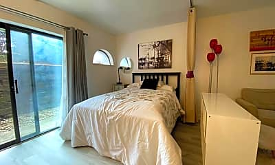 Bedroom, 3271 Niagara Square, 0