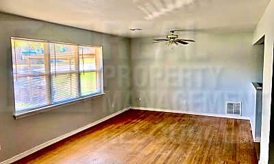 Living Room, 7119 NW 36th St, 1