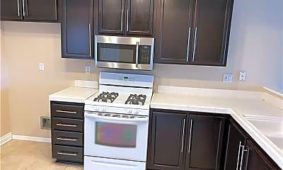 Kitchen, 26485 Portola, 1