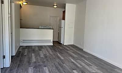 Living Room, 11056 San Leandro St, 1