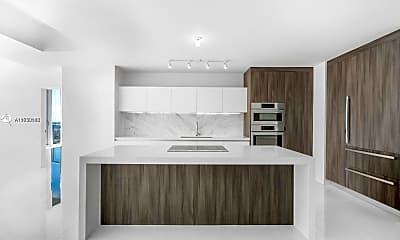 Living Room, 851 NE 1st Ave 811, 0