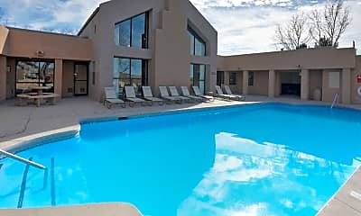 Pool, Broadstone Ladera, 0
