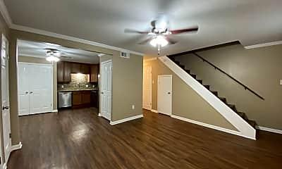 Living Room, 4353 Rue De Belle Maison, 1