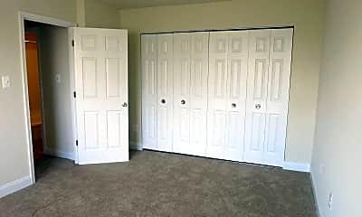 Bedroom, Glen Willow Apartments, 2