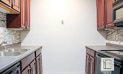 Kitchen, 3047 Hawthorne Dr NE, 1