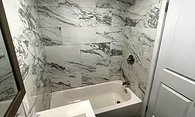 Bathroom, 3454 111th St 4, 2