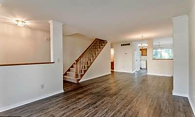 Living Room, 4814 Misty Ct, 1