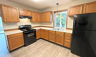 Kitchen, 2207 Chestnut St, 1