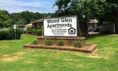 Wood Glen Apartments, 1