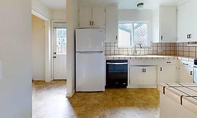 Kitchen, 641 Lily St, 1