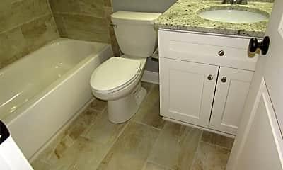 Bathroom, 902 Light St, 2