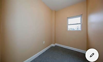 Bedroom, 95-29 102nd St, 2