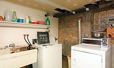 Kitchen, 2835 W Byron St, 2