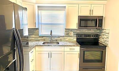 Kitchen, 2667 Dudley Dr E H, 1