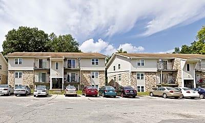 Building, Riverview Oaks, 1