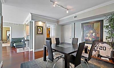 Dining Room, 625 Casa Loma Blvd, 1