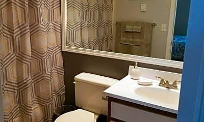 Bathroom, 425 Gaffney Dr, 1