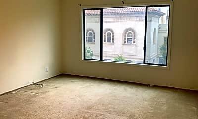 Living Room, 1720 Irving St, 2